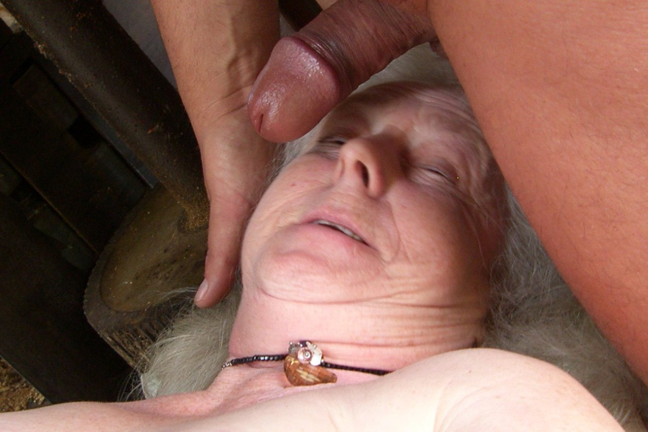 72 year old granny gives a blowjob and gets fucked 6