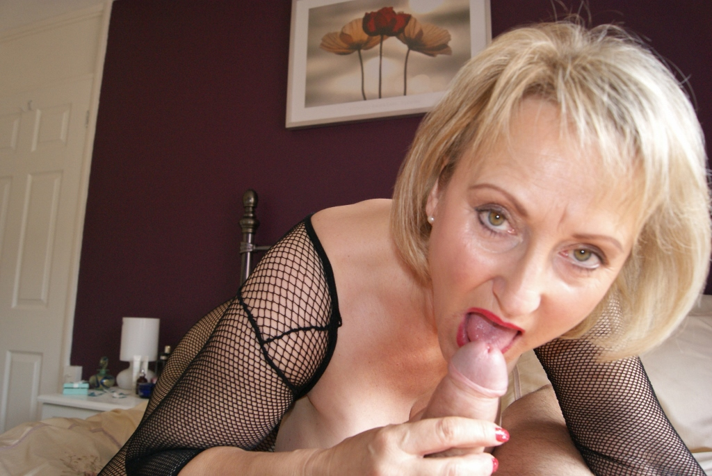 British Milf Tina Fucked Outdoor Porno Vids
